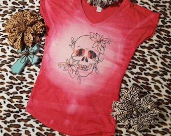 Reverse tie dye bleached SUGAR SKULL floral red heather coral tie dye tshirt distressed flower skull cap sleeve Ladies XSmall Fitted vneck T