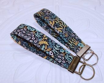 Rifle Paper Co Key Fob - Floral Key Chain - Keychain Holder - Womens Key  Ring - Flower Key Lanyard - Wristlet Key Fob - Gift For Her 50b24d1b9d