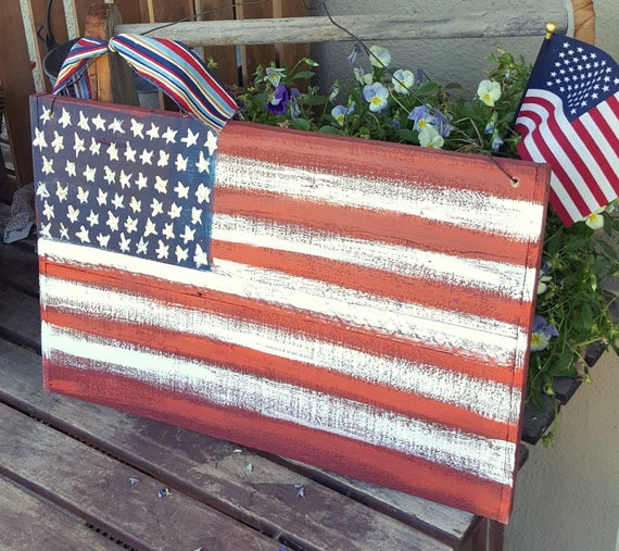 "FLAG HOLDER HANGER STAKE RUSTIC GARDEN YARD ART HOLDS UP 12/"" WIDE FLAGS"