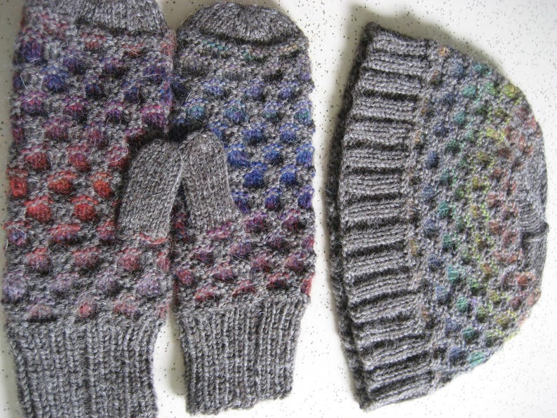 Honeycomb Stitch Hat And Mitten Set Etsy