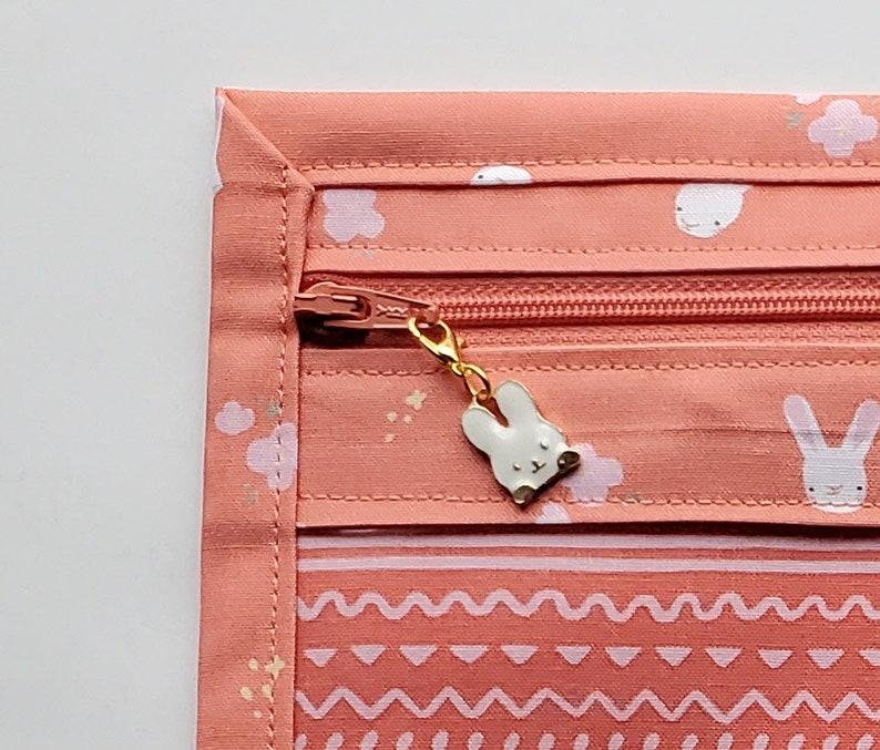 11.5 x 13 PeachPeach Zipper Vinyl Cross Stitch Project Bag Easter Bunnies