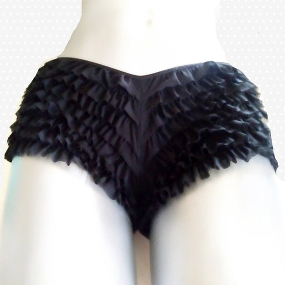 Vintage  black ruffle Nylon Panties Vanity Fair  S