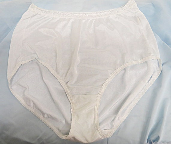 f7a332e6b Vintage White Nylon Panties JMS Size 11