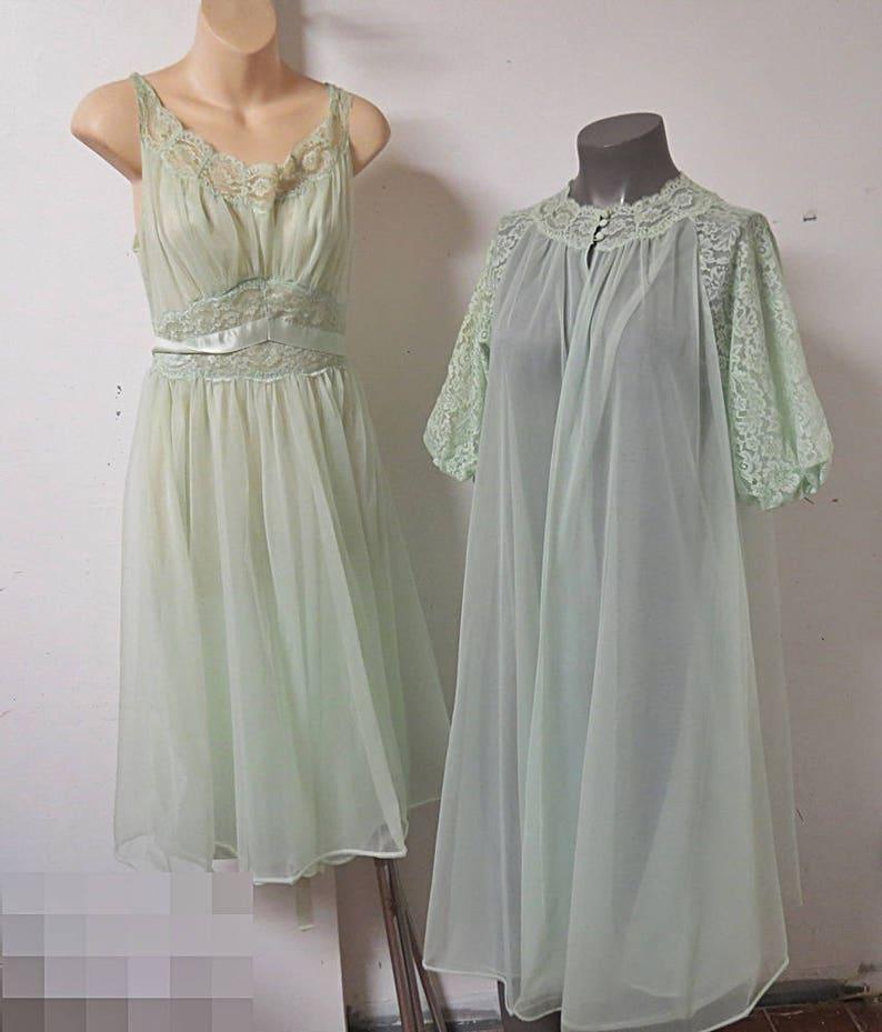 Mint Green Nylon Chiffon Vintage peignoir nightgown Set  3a82e3663
