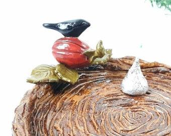 Ceramic Halloween Crow Pumpkin Nest Plate, Pottery Raven Soap Dish, Harvest Decoration, Black Bird Lover Gift, Artisan Handmade Jewelry Bowl