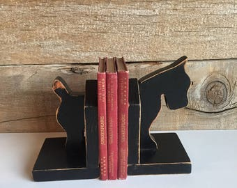 Wood Scottie dog bookends. Dog book holders