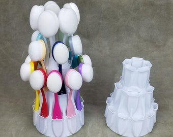 Layer Cake Blender Brush Caddie holds 20 brushes!