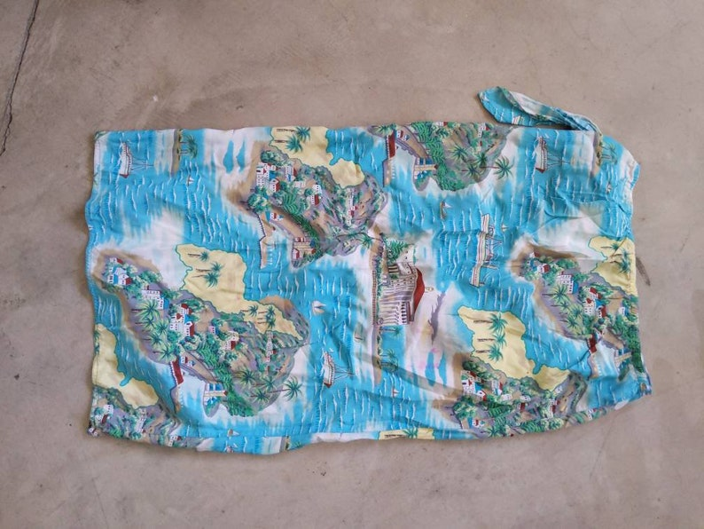 Beautiful Vintage Hawaiian style Wrap Skirt Cover Up Mint Turquoise Cream White Blue Beach Island Wear
