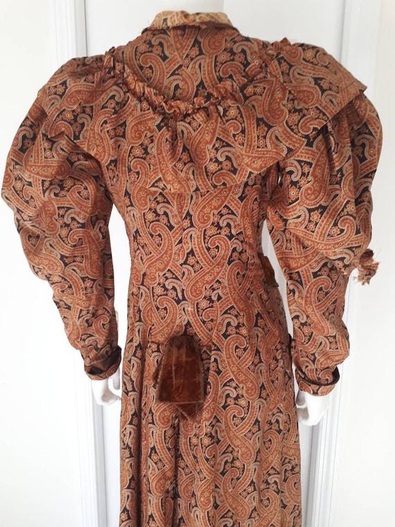 Antique Victorian 1890's Paisley Wrapper Dress Mu… - image 3