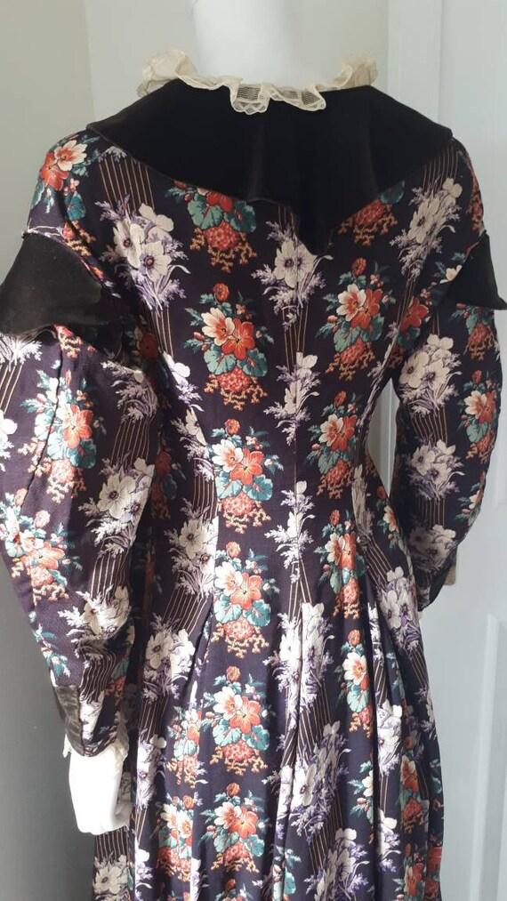 Antique Victorian 1880 Floral Calico Velvet Bow W… - image 4