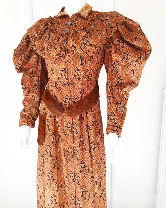 Antique Victorian 1890's Paisley Wrapper Dress Mut