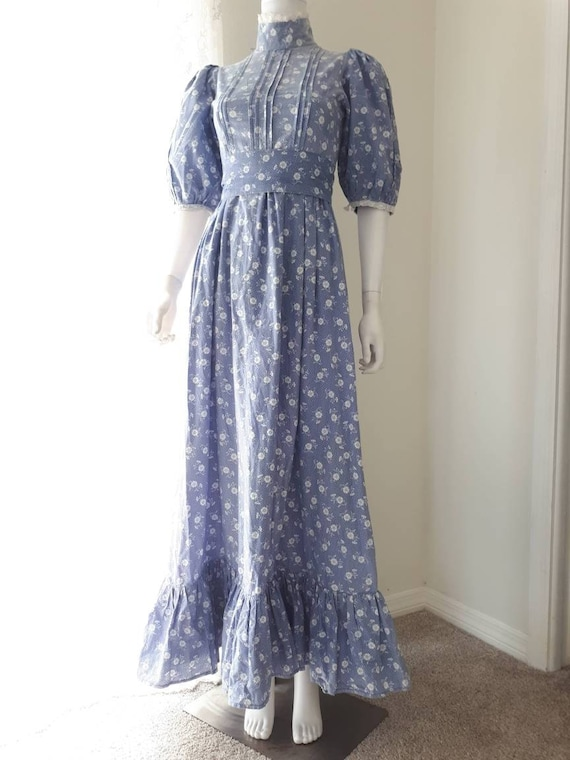 Vintage 1970's Laura Ashley Made in Wales Prairie