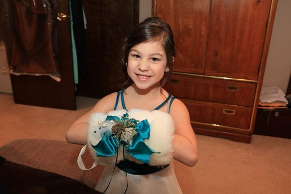 Winter Wedding Hand Muffs - Bridesmaid Hand Muffs