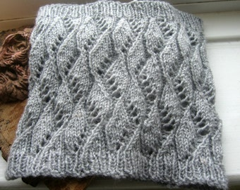 Cowl Knitting Pattern, PDF Knitting Pattern, Waves and Lace Design, Crest of the Wave