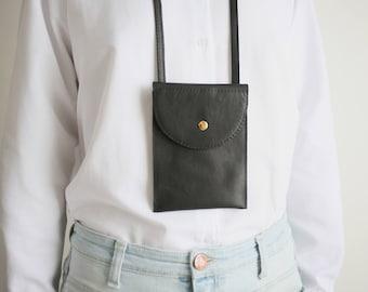 Brustbeutel echt Leder Schwarz, Smartphonetasche