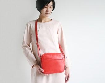 """Minimalistische Schultertasche """"Zip"""" echt Leder Tomate, rote Schultertasche, Ledertasche, Handtasche"""