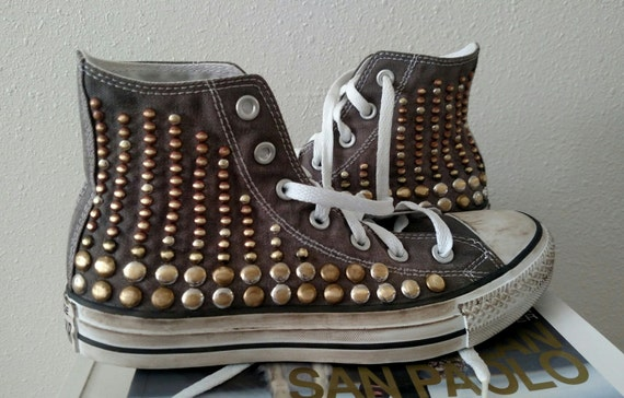 Chaussures Studded Converse, Hand Distressed vintage High Top Studded Chaussures