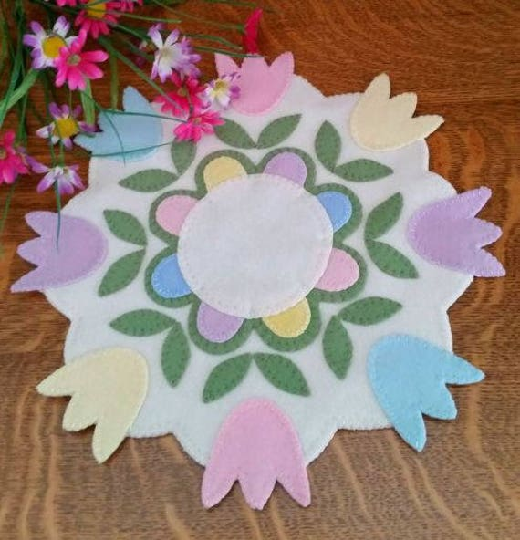 Spring Decor Easter Wool Applique Wool Table Runner Pattern Garden Applique Pattern Wool Applique Pattern PATTERN ONLY Flower Pattern