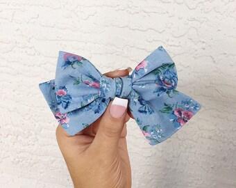 Blue pansy vintage pinwheel bow