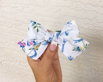 Vintage floral + ribbons pinwheel bow
