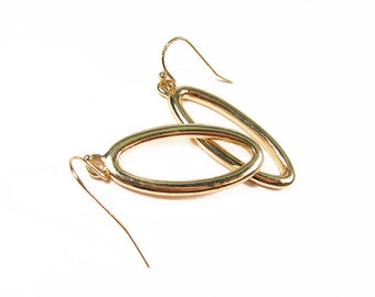 Vintage Earrings Oval Rings in Gold Tone