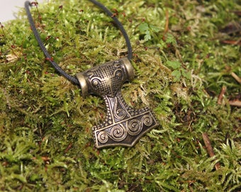 Great pendant hammer of thor, bronzed finish