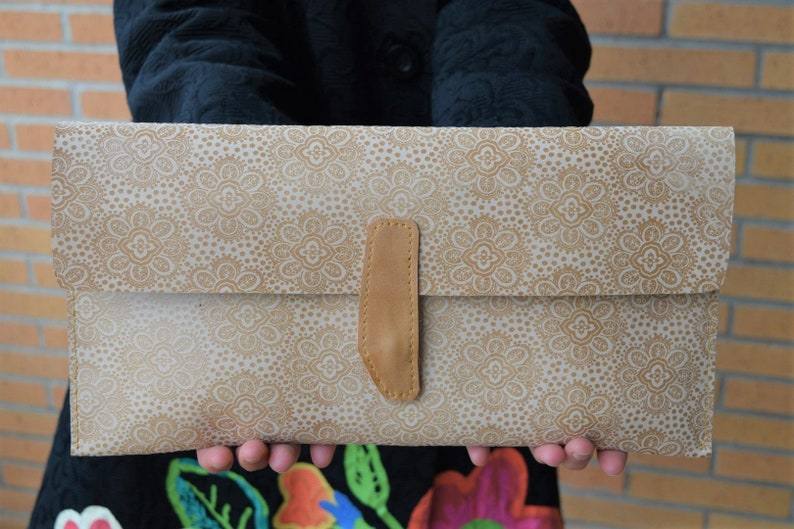 Leather purse bagleather handbagleather clutchesleather image 0