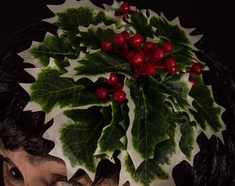 Holly christmas fascinator with berries, red and green xmas hat, festive hair accessory, burlesque christmas headdress, theatre prop