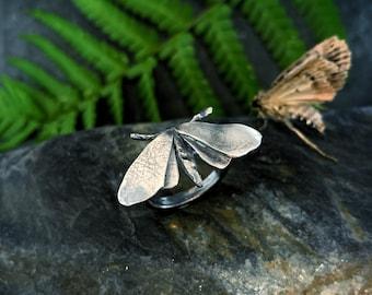 Moth ring - 'Frida', moth ring, moths, butterfly ring, moth jewellery, moth jewelry, goth jewellery, dark fairytales