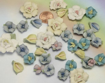 Lot of Porcelain Flower Cabochons, assorted mixed flowers, bisque ceramic flowers, flowers for making jewelry, jewelry supply, lizones etsy
