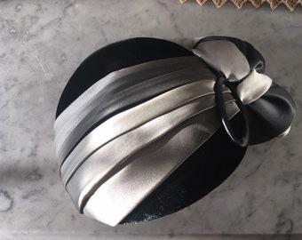38ea788678d Vintage small formal hat black velvet velour silky grey flowers curvette