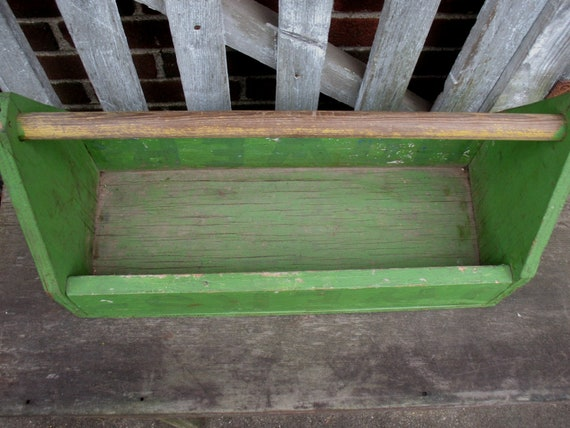 Phenomenal Vintage Wood Tool Box Green Tote Garden Carrier Caddy Planter Primitive Rustic Creativecarmelina Interior Chair Design Creativecarmelinacom