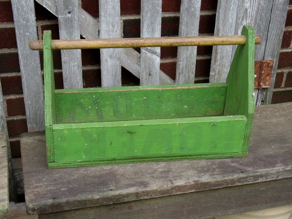 Sensational Vintage Wood Tool Box Green Tote Garden Carrier Caddy Planter Primitive Rustic Creativecarmelina Interior Chair Design Creativecarmelinacom