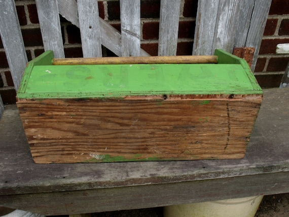 Awe Inspiring Vintage Wood Tool Box Green Tote Garden Carrier Caddy Planter Primitive Rustic Creativecarmelina Interior Chair Design Creativecarmelinacom