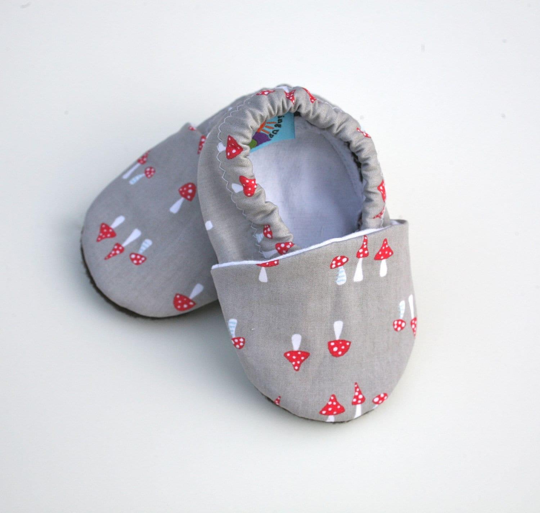 405295099163 Gray Mushroom Organic Baby Shoes Boy or Girl Size 0 3 6 12 18
