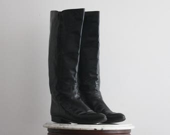 0b9b06a55 Black Boots 9 Women's Leather Tall Knee High Equestrian Riding 1990s Vintage