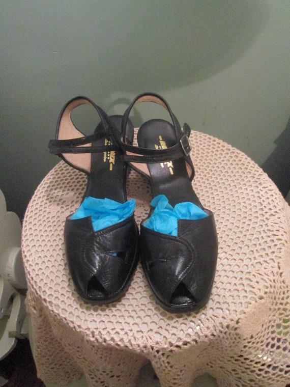655248e0cc2b Vintage 40s Remix Black Ankle Strap Shoes 8 1 2 M Peep Toe