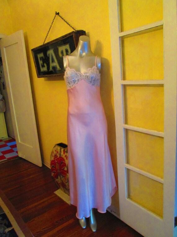 Vintage Lucie Ann Sexy Nightgown Rhinestone Bra  /