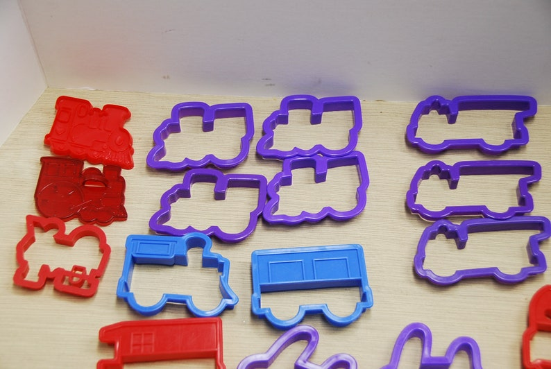cc0262 Vehicles Vehicles Airplanes and More For Party Favors Trains Fire Engines 27 Cookie Cutters. Vehicles Trucks