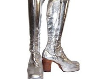 62a0a39283b836 Harley Quinn suicide squad boots replica of those boots the
