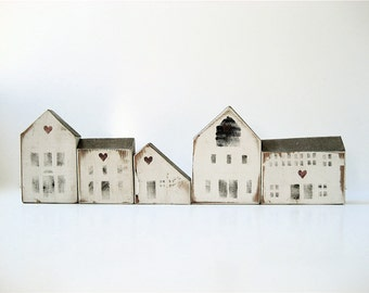 R E S E R V E DFive Vintage Wooden House Blocks
