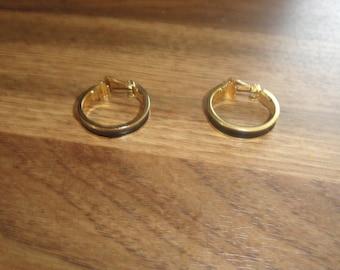 vintage clip on earrings goldtone hoops blue enamel