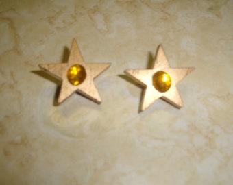 vintage clip on earrings goldtone star wood lucite rhinestone