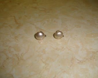 vintage screw back earrings faux pearls