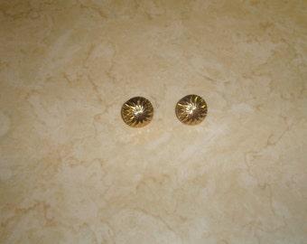 vintage clip on earrings goldtone star design