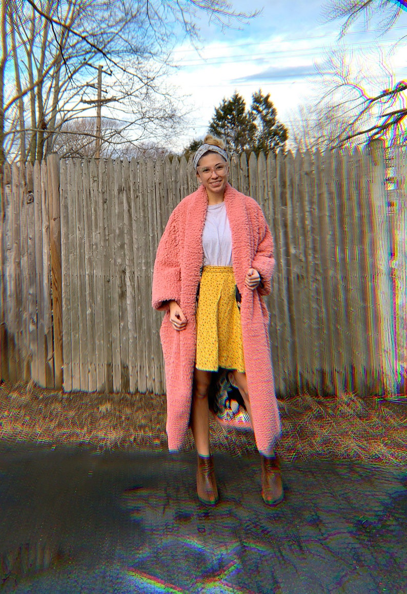 One size fits most. Vintage Pink Sherpa Duster Jacket in Custom Black kitty garden Lining with pockets and drop shoulder fit