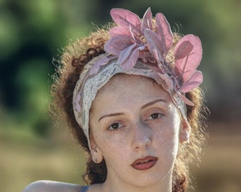Bohemian floral headpiece: mauve boho wedding headband with dusty rose velvet leaves and dusty rose lace. Handmade wedding hairpiece.