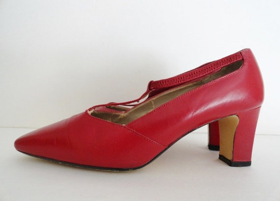 Vintage Red Shoes|RED VICTORIAN Pumps| Red vintag… - image 3
