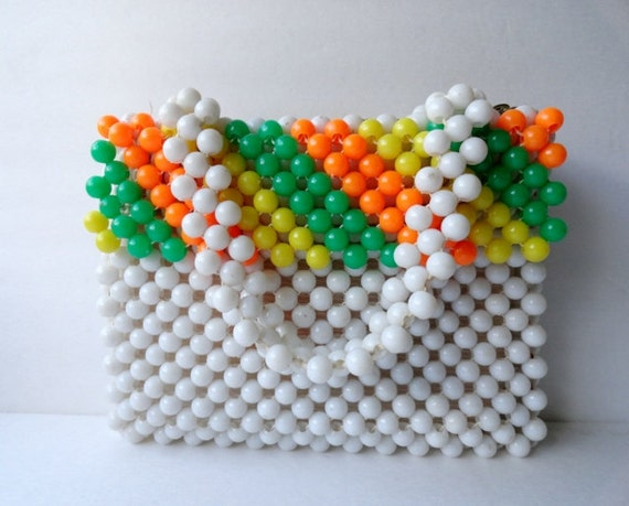Vantage Handbag|1960s White Beaded Purse|Milk Whit
