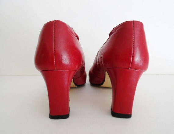 Vintage Red Shoes|RED VICTORIAN Pumps| Red vintag… - image 4